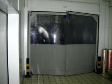 Распашные пленочные ворота 3